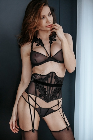 corsetto 202018 noir handmade vanity island